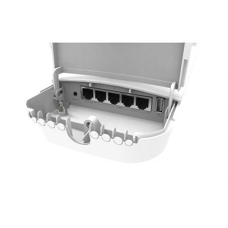 MikroTik RBOmniTikG-5HacD, 7.5dBi, 31dBm, 720MHz, 128MB, 5GHz 802.11a/n/ac, 5xGigabit, USB, L4