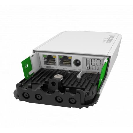 MikroTik RBwAPGR-5HacD2HnD&R11e-LTE, wAP ac LTE kit, 2.5dBi, 23dBm 2x2 @ 2.4GHz, 2.5dBi, 24dBm 2x2 @ 5Hz, Quad Core 716MHz, 128MB, 2G/3G/4G/LTE, 1x miniPCI-e, 2xGigabit, one SIM, L4